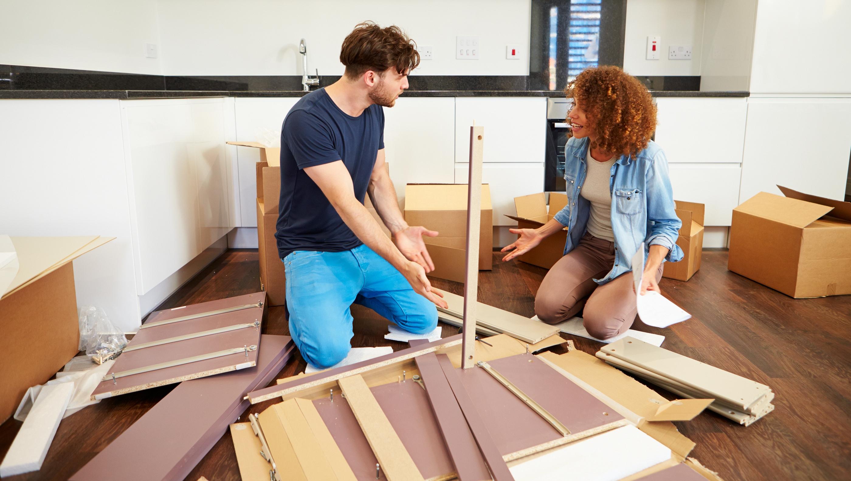 Чому варто довірити складання меблів професіоналам?